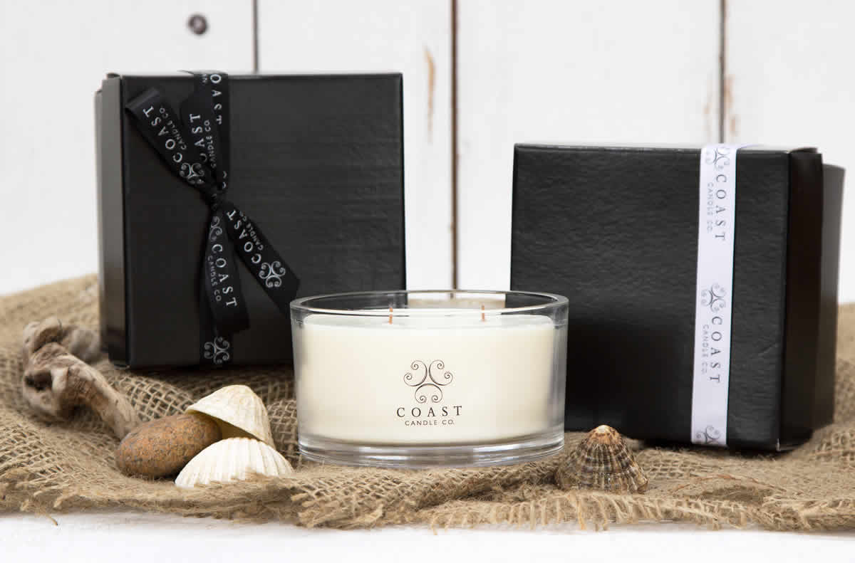 2 wick candle